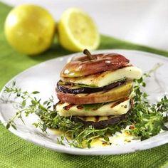 Timbal de manzana, berenjena y queso a la plancha #cuisine #recipes
