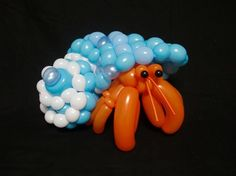 Distractify | These Insanely Detailed Balloon Animals Belong In A Museum