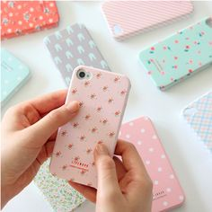MochiThings.com: Rainbow Pattern 4/4S iPhone Case ----love this site!