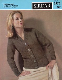 This is a reformatted copy of the original vintage knitting pattern in A4 PDF format.    Vintage knitting pattern for a ladies chunky knit