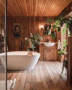 Treehouse Living, Cabin Bathrooms, Wooden Bathroom, Cozy Cabin, Cabin Tent, Tiny House Movement, Home Spa, Tiny Living, Clawfoot Bathtub
