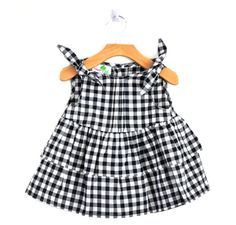 gorgeous little top - especially love the blk/wht gingham