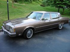 Oldsmobile Ninety Eight Regency