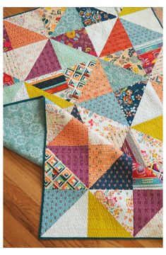 Scrappy Quilt Patterns, Patchwork Quilting, Scrappy Quilts, Easy Quilts, Quilt Blocks, Quilt Square Patterns, Amish Quilts, Quilting Tutorials, Quilting Projects