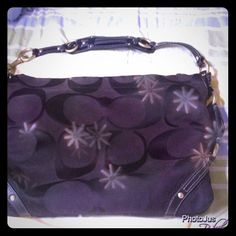 Authentic Black coach purse ❤reduced This purse is in awesome condition! Does not have any tears or rips! Inside has a few smudges from pen, and the gold is a little faded but hardly noticeable! It's a great purse Coach Bags