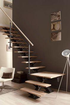 Un escalier quart tournant prêt à poser