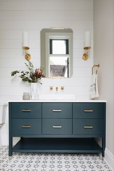 Brass Pulls on Navy Blue Washstand - Transitional - Bathroom Home, Pretty Bathrooms, Bathroom Interior, Bathroom Decor, Bathroom Makeover, Transitional Bathroom, Bathroom Interior Design, Bathroom Kids, Guest Bathroom Small