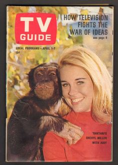 14 covers of TV Guide that prove 1967 was a classic year for television Vintage Tv, Vintage Magazines, Vintage Antiques, Pose Reference Photo, The Originals Tv, Cinema, Television Tv, Star Show, Old Shows