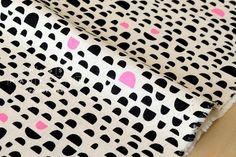 Japanese Fabric Kokka Ellen Baker - Rough Cut - Pebbles - black - 50cm