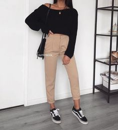 Zara Woman Winter Collection – My Favorite Clothing Items - Outfits Mode Outfits, Fashion Outfits, Fashion Trends, Fashion Updates, Fashion 2016, Fashion Lookbook, Fashion Mode, Womens Fashion, Sporty Outfits