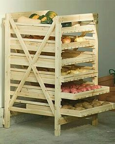 Orchard Rack - Vegetable Storage - Wood Storage Rack make this out of a pallet Diy Pallet Projects, Home Projects, Woodworking Projects, Pallet Diy Decor, Woodworking Plans, Upcycling Projects, Pallet Crafts, Woodworking Magazine, Vegetable Storage Rack