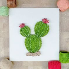 String art - cacto another beautiful cactus,. Decoration Cactus, Cactus Craft, Cactus Cactus, Nail String Art, String Crafts, Diy And Crafts, Arts And Crafts, String Art Patterns, Doily Patterns