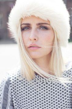 white fur headband, ear warmer, weißes Stirnband, Ohrenwärmer aus Fell, Pelz