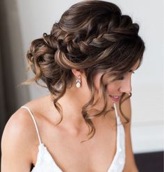 Best Wedding Hairstyles For Long Hair 2018 ★ See more: www. Best Wedding Hairstyles For Long Hair 2018 ★ See more: www.weddingforwar… Best Wedding Hairstyles For Long Hair 2018 ★ See more: www. Quince Hairstyles, Wedding Hairstyles For Long Hair, Wedding Hair And Makeup, Hairstyles For Bridesmaids, Bridesmaid Hair Updo Braid, Braided Bridal Hairstyles, Wedding Updo With Braid, Hair For Prom, Loose Curls Updo