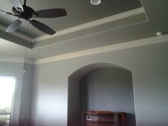 molding in tray ceiling.