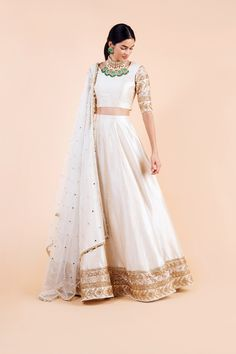 Festive collection for more details dm or whatsapp on 😊👜👡👒👗💍💄👛👝 Use hashtag ✔️ ✔️ ✔️ ✔️ % Indian Wedding Outfits, Indian Outfits, Indian Clothes, Wedding Gowns, Indian Designer Outfits, Designer Dresses, Lehnga Dress, Lehenga Gown, Indian Gowns Dresses