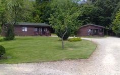 www.theholidaycottages.co.uk, Wayside, Bromham, Chippenham, Wiltshire, England. Holiday. Travel. Accommodation. Self Catering. Lodges. Luxury. Dog Friendly. Pet Friendly. Walks. Walking. Explore. Sleeps 1 - 6.