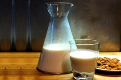 Γάλα αμυγδάλου: Το γάλα που έγινε μόδα!