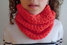 Estos cuellos de crochet son un vicio. Se hacen tan rápido, que no da nada de pereza hacerlos.   Esta vez son dos por el precio de uno, jej...