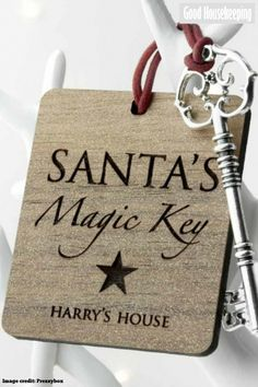 16 Christmas Eve box ideas One item you can put inside a Christmas Eve box is a magic Santa key. This allows Santa to magically enter the house overnight and leave presents for everyone, without being spotted. Its Christmas Eve, Christmas Gift Box, Christmas Wonderland, Personalized Christmas Gifts, Magical Christmas, Christmas Makes, Kids Christmas, Christmas Crafts, Santa Key