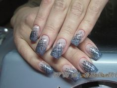 unghii gel french sclipici