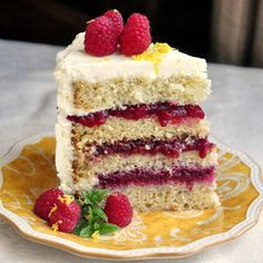Raspberry Lemon Buttercream Cake