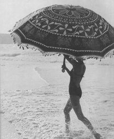 Beach and a parasol. Under My Umbrella, Beach Umbrella, Big Umbrella, Vintage Umbrella, Vintage Glamour, Vintage Love, St Jean Baptiste, Umbrellas Parasols, No Rain