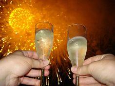 """Mônica Pelizzer: """"Um brinde ao ano novo!"""""""