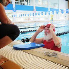 Papai Noel se dando um presente.  #AcreditaNoel #AcademiaGB