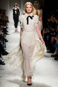 cream chiffon dress | Philosophy di Lorenzo Serafini Fall'15