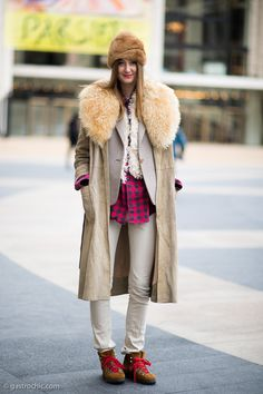 Fur Trim Coat and Plaid Shirt at Timo Weiland Fur Trim Coat, Street Style Women, Street Styles, Masculine Style, Sport Casual, Outfit Posts, What I Wore, Fashion Photo, Coats For Women