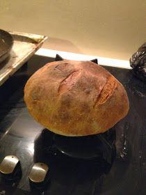 Svět podle Krčmičky: Přidala jsem se ke kváskovému klanu aneb Peču domácí chleba Baked Potato, Potatoes, Bread, Baking, Ethnic Recipes, Food, Potato, Brot, Bakken