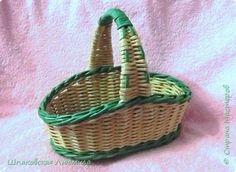 Здравствуй СТРАНА! Всем МИРА и ДОБРА!  У меня корзины весёлые, потому что улыбаются! Это моя внучка заметила, что у корзин есть ротик и зубки. Если бы сделала наоборот, то , наверное, были бы сердитые.   :)  :) :) фото 9