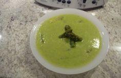 750 grammes vous propose cette recette de cuisine : Velouté d'asperges Thermomix. Recette notée 3.9/5 par 75 votants et 8 commentaires.