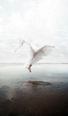 -Stefano Bonazzi-  'the white sky'