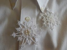 Carollyn's Tatting Blog: Snowflakes With Buttons, Details