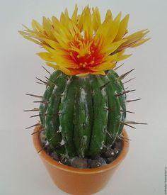 Кактус из полимерной глины, кактус в горшке,кактус цветущий,кактус ручной работы.