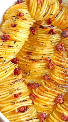 Crispy Potato Roast ~ Crispy potato roast with thinly sliced and seasoned potatoes... A beautiful and unique way to serve potatoes - great for holidays, or to make a regular day feel like one.