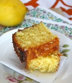 Linzers in London: Going Native: Lemon Drizzle Cake Lemon Drizzle Cake, Cornbread, Peanut Butter, Good Food, Sweets, Chocolate, Baking, Ethnic Recipes, Qoutes