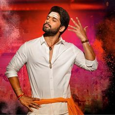 The first single of Tollywood star Allu Arjun's Duvvada Jagannadham aka DJ was released on Monday. The song titled DJ Saranam Bhaje Bhaj is a hero introduction song, which is scored by Devi Sri Prasad and sung by Vijay Prakash. Famous Indian Actors, Indian Celebrities, Dj Movie, Movie Photo, Prabhas Pics, Hd Photos, Pictures, Allu Arjun Hairstyle, Allu Arjun Wallpapers