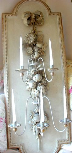 .Antique plaster floral and ribbon cascade sconce…