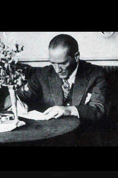 founder and great leader of Turkish Republic: Mustafa Kemal Atatürk Republic Of Turkey, The Republic, Turkish War Of Independence, National Movement, Turkish Army, Turkish People, Military Officer, The Turk, Great Leaders