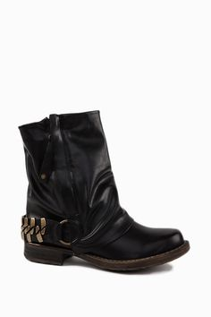 Trendy Biker Boots  http://jessyss.com/shoes/ankle-boots/1351501800.html?barva=