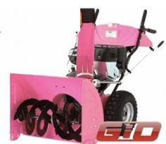 PINK snowblower....should my daughter ever move back to the cold....