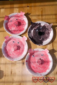 Three Little Pigs themed crafts for toddlers and preschoolers - Little Hearts, Big Love