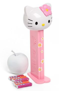 'Hello Kitty®' PEZ Dispenser http://rstyle.me/n/dpkfbpdpe