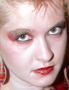 cyndi lauper - throwback cyndi lauper tbt throwback thusday throwback 80s celebrity celebs celeb celebrities celebrityclose-up.com