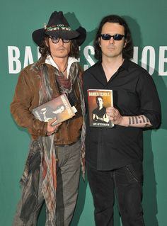 Johnny Depp Photo - Damien Echols In Discussion With Johnny Depp. I love Damien Echols. Exonerate the West Memphis 3!