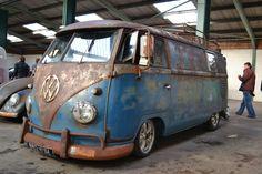 Rusted Slammed VW Camper  http://www.thepetrolstop.com/2013/02/dubfreeze-2013-car-show.html
