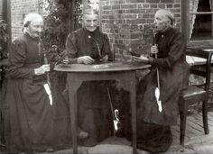 1907 Pfeife rauchende Frauen Kudensee #Wilstermarsch